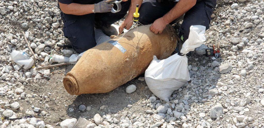 Timovi za UES FUCZ uspješno uklonili i uništili neeksplodiranu avionsku bombu pronađenu u mostarskom naselju Rodoč